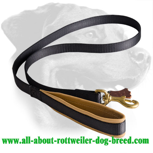 Rottweiler Leash Made of Nylon with Nappa Padded Handle