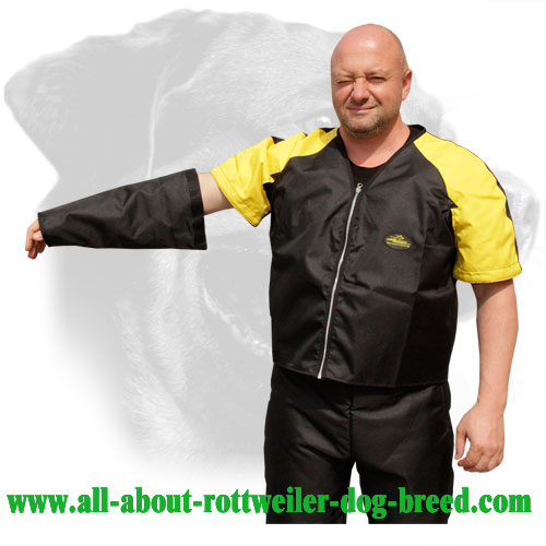 Nylon Rottweiler Protection Jacket Equipped with Removable Sleeves
