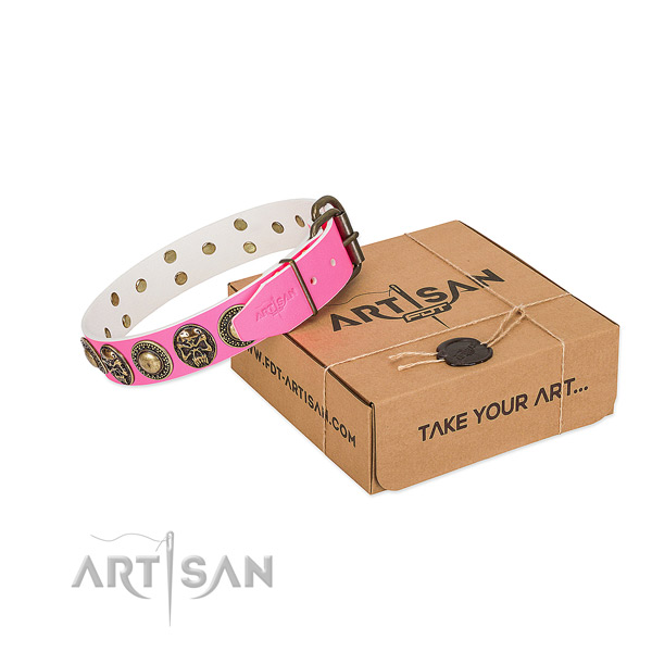 Strong decorations on dog collar for comfortable wearing