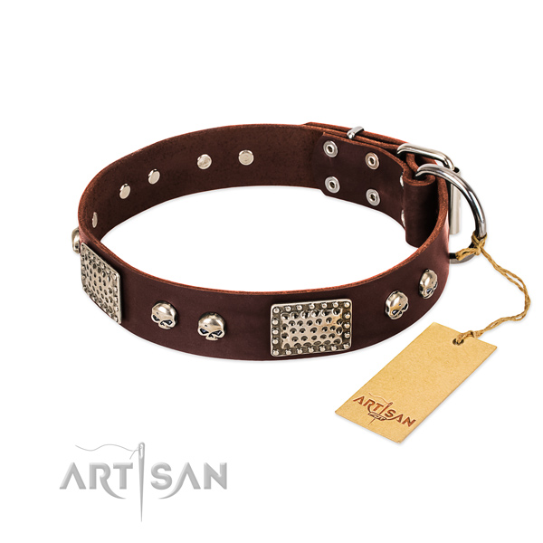 Easy wearing natural genuine leather dog collar for walking your pet